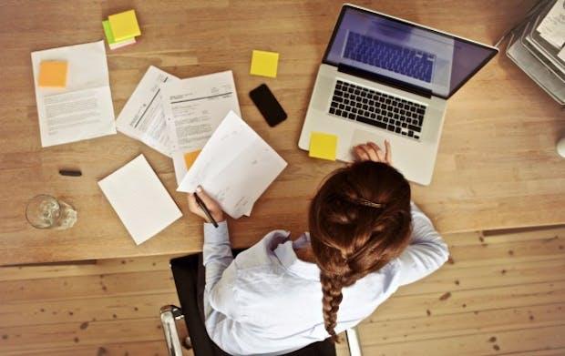 Im Homeoffice ist ungestörtes Arbeiten möglich – sofern der Arbeitgeber es erlaubt. (Foto: Shutterstock-Ammentorp Photography)
