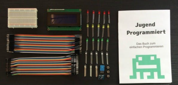 """Starter-Kit verspricht """"einen spannenden Start mit dem Coden"""". (Foto: Jugend Programmiert/Kickstarter)"""