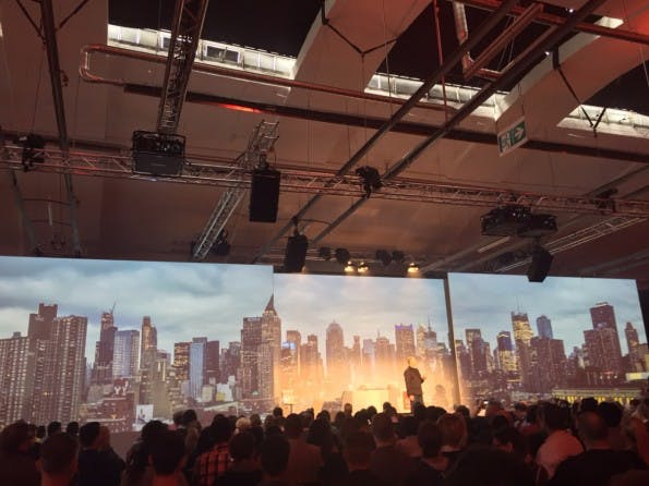 Winston Hendrickson, VP Engineering bei Adobe, bei der Vorstellung der Creative Cloud in Berlin. (Foto: t3n)