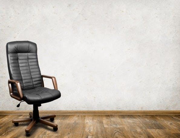 Enorm beschäftigt: Viele Chefs glänzen durch Abwesenheit. Das ist nicht immer gut fürs Team. (Foto: Shutterstock)