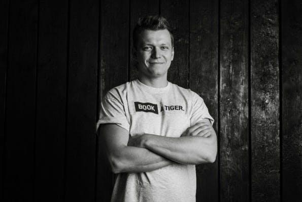 Nikita Fahrenholz ist Mitgründer von Delivery Hero und CEO von Book A Tiger. Er ist hat es in die Top 10 der besten europäischen Tech-Entrepreneure unter 30 geschafft.