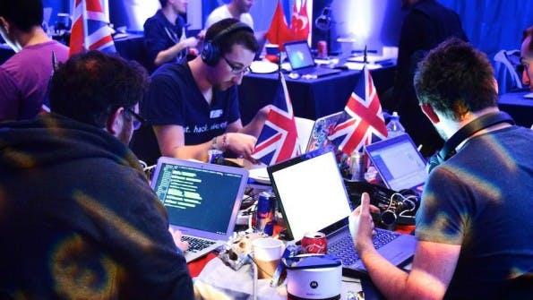 Welche Tools dürfen auf keinem Hackathon fehlen? (Foto: PayPal/BattleHack)