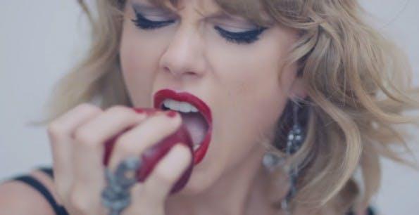 """To Apple, Love Taylor! """"Drei Monate sind eine lange Zeit, um nicht bezahlt zu werden – und es ist unfair!"""" (Screenshot: YouTube)"""