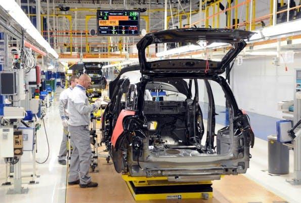 Industrie 4.0: Unternehmen wollen jährlich 40 Milliarden US-Dollar für neue Technologien ausgeben. Gründer wittern ihre Chance. (Foto: Shutterstock)