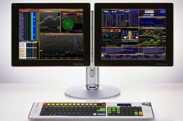 Trading Dashboard von Bloomberg: Übersichtlich geht anders (Foto: Medium.com)