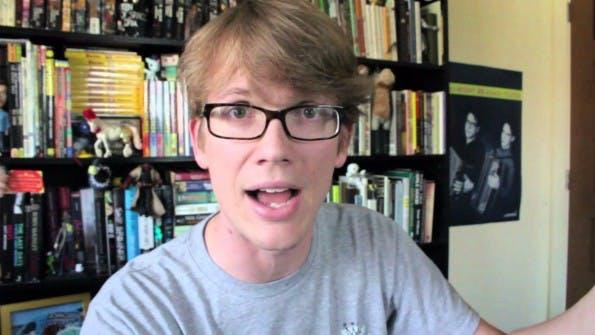 Vlogbrothers-Macher Hank Green geht mit Facebook hart ins Gericht. Bisher können die meisten Content Creators ihre Inhalte auf der Plattform nicht monetarisieren. (Bild: YouTube)