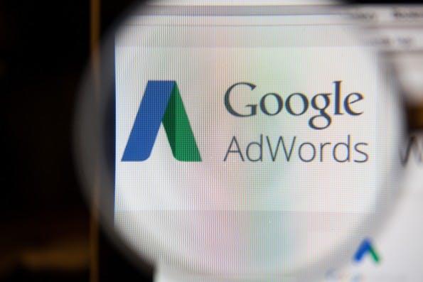 Customer Match: Google-AdWords ermöglicht jetzt den Import von E-Mail-Listen. (Foto: GongTo / Shutterstock.com)