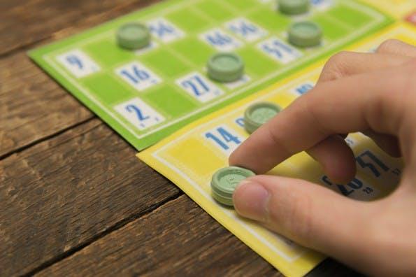 Jede Besprechung kann durch kleine Wettbewerbe oder Buzzword-Bingos aufgewertet werden. (Foto: Shutterstock)