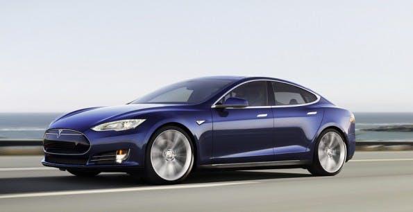 Auto der Zukunft: Tesla hebt Ansprüche auf diese Titel. (Screenshot: teslamotors.com)