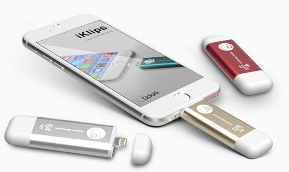 iKlips bietet bis zu 256 Gigabyte zusätzlichen Speicherplatz für iPhone und iPad. (Bild: Adam Elements)