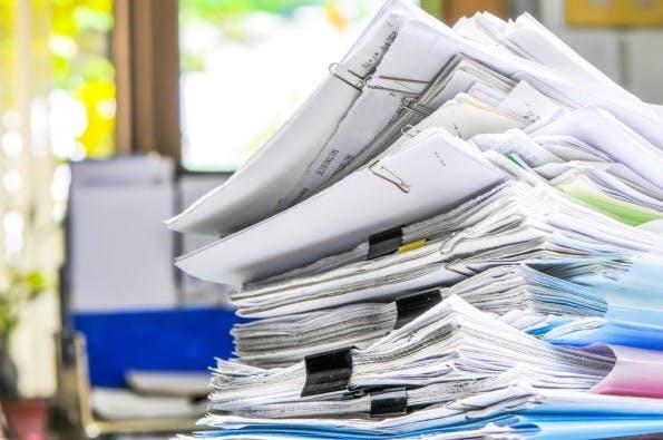 Wer Formulare und Berichtspflichten scheut, sieht bei einer Startup-Gründung schnell alt aus. (Shutterstock)