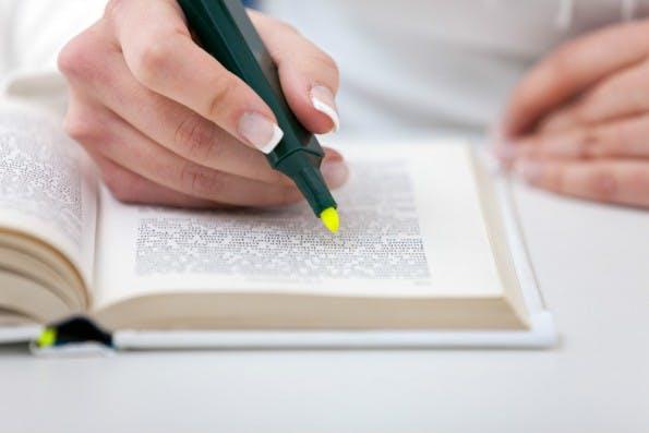 Ein Buch nur zu lesen, reicht nicht. Auf die richtige Technik kommt es an. (Foto: Shutterstock)