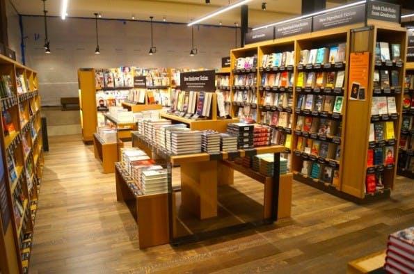 Blick in den ersten Amazon-Buchladen in Seattle. (Foto: Geekwire)