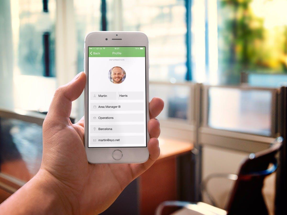 Eine App, alle Mitarbeiter: Eyo bringt das Intranet auch zu denen, die nicht am Schreibtisch arbeiten