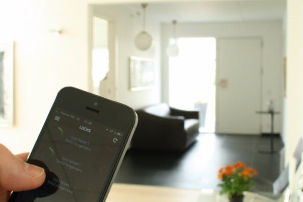 Per Smartphone das komplette Haus steuern – Bluetooth macht's möglich.(Foto: DanaLock)