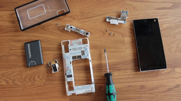 Fairphone 2: Fairer produziertes und selbst zerlegbares Smartphone im Hands-On