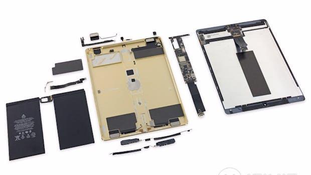 Die Einzelteile des neuen iPad Pro. (Foto: Ifixit)