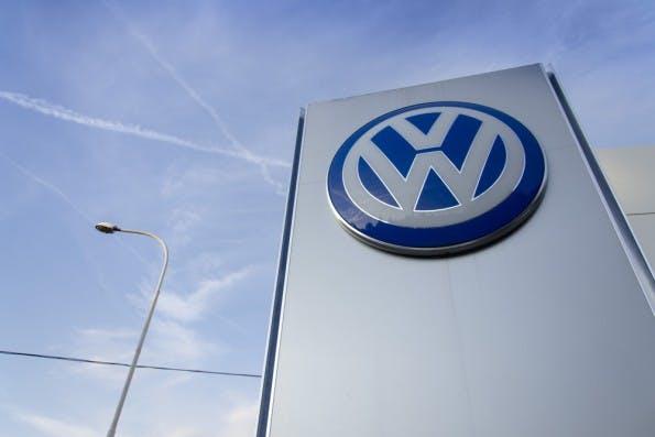 VW hat über das Elektroauto nachgedacht und wird seinen eigenen Frühling erleben, wenn Tesla ein gesellschaftsfähiges Auto präsentiert. (Foto: josefkubes / Shutterstock.com)