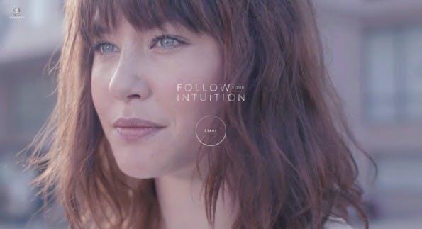 Mit Fullscreen-Video-Background den Fokus auf die Webseite lenken. (Screenshot: Peugeot)
