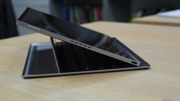 Das Google Pixel C besitzt Stereolautsprecher und einen USB-Typ-C-Anschluss. (Foto. t3n)