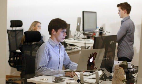 Mit Onpage.org und dem Bits & Pretzels-Gründerfrühstück betreibt Andreas Bruckschlögl gleich zwei Businesses. (Foto: Andreas Bruckschlögl)