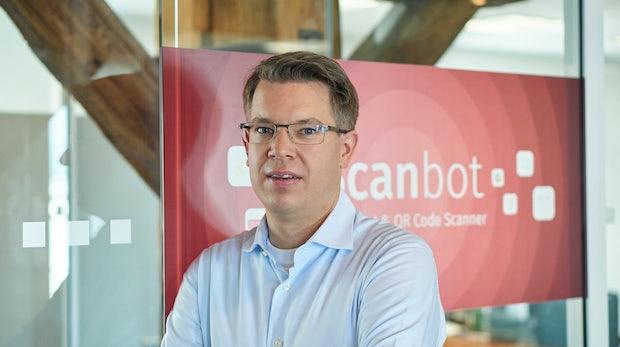 """""""8 Uhr: Der iPhone-Wecker klingelt"""": Ein Tag im Leben des Startup-Investors Frank Thelen"""