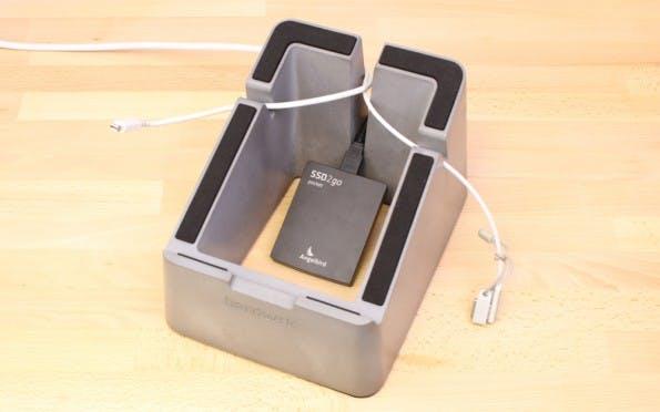 MacBook-Zubehör: Massive Stand. (Foto: Hardwrk)