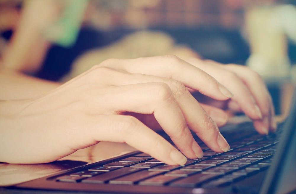 Texte schreiben für Websites, Blogs und E-Mails – so machst du es richtig