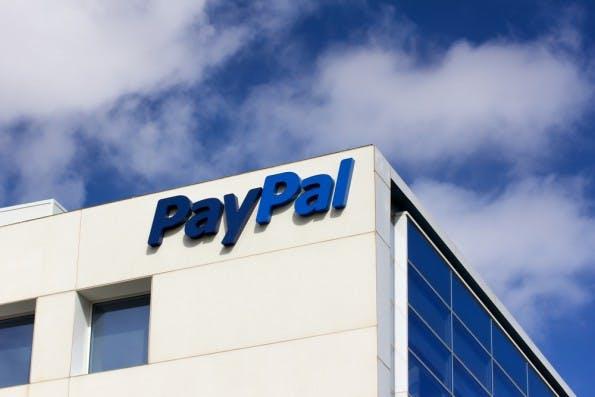 Bei PayPal dürfte man zurecht schon nervös sein. (Foto: Ken Wolter / Shutterstock.com)