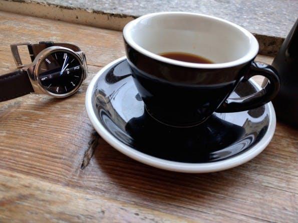 Smartwatches der nächsten Generation können dank Snadragon-2100-Prozessor schlanker werden. (Foto: t3n)