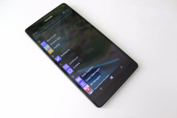 microsoft-lumia-950-xl-windows-10-mobile-9476