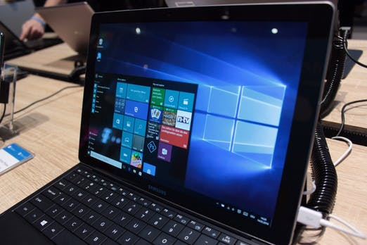Samsung TabPro S: Ultraschlankes 2-in-1-Tablet mit Windows 10 im Hands-On [Bildergalerie]