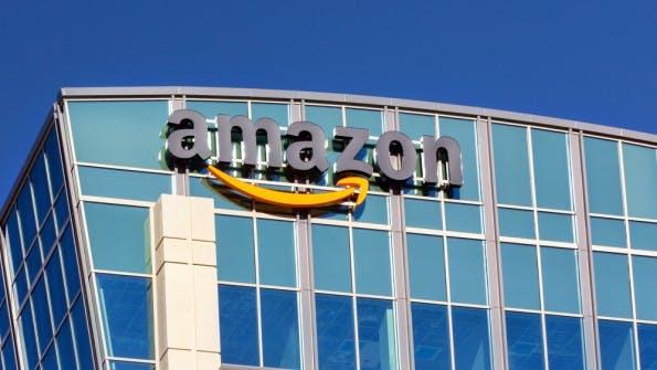 Amazon nimmt Verteilzentrum in Berlin in Betrieb. (Foto: Ken Wolter / Shutterstock.com)