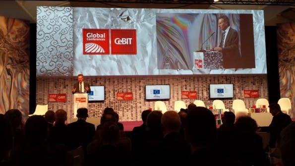 """Günther Oettinger auf der CeBIT: """"Der digitale EU-Binnenmarkt ist komplett fragmentiert."""" (Foto: t3n.de)"""