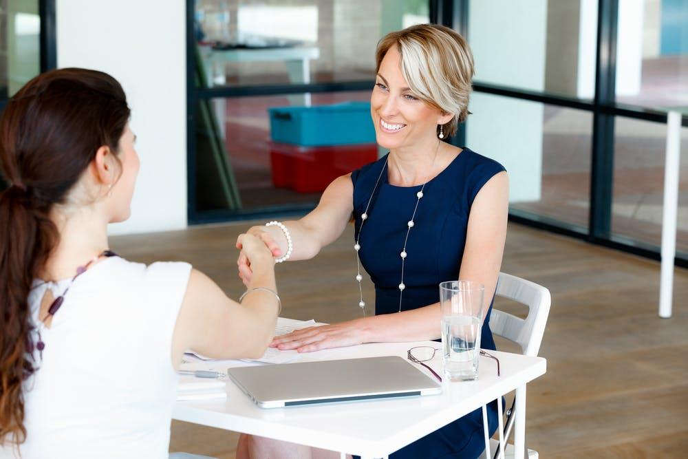 Auf diese 12 Zeichen solltest du achten, bevor du ein Job-Angebot annimmst