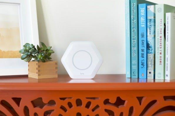 Durch die Zusammenschaltung mehrerer Luma-Router lässt sich eine deutlich sicherere und schnellere WLAN-Verbindung in Haushalten gewährleisten. (Foto: Luma)