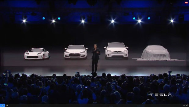 Die Premiere des Tesla Model 3 in der Nähe von Los Angeles. (Screenshot: Tesla-Livestream)