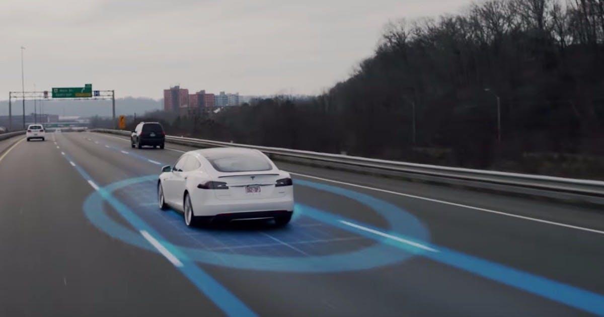 Autonome Fahrzeuge: Lieber Passanten oder einen Kinderwagen überfahren?
