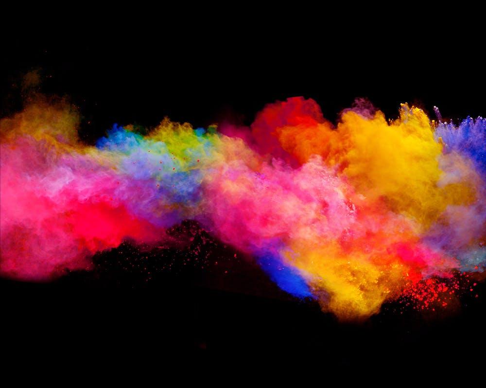 Design-Tool im Tinder-Style hilft dir, schicke Farbkombinationen zu finden