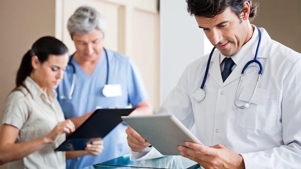 Digitalisierung: Ärzte und Patienten sehen Chancen und Risiken