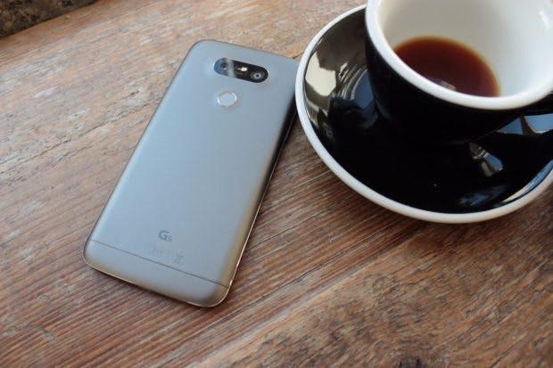 Das LG G5 konnte nicht überzeugen – mit dem LG G6 soll es wieder bergauf gehen. (Foto: t3n)