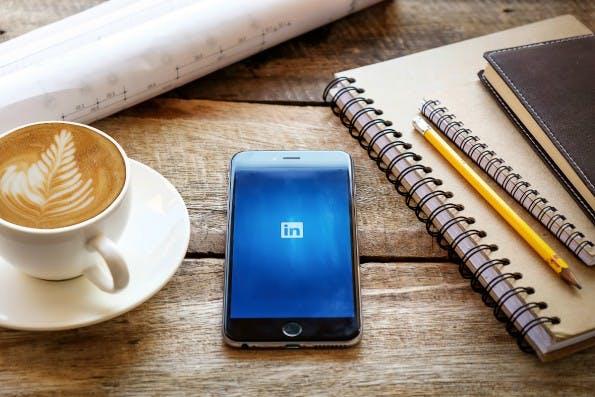 Viele Bewerber erhalten Absagen ohne Angaben von Gründen. Das will LinkedIn ändern. (Foto: Shutterstock)