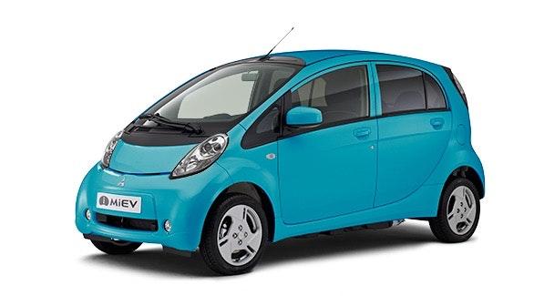 Der kleine Stromer i-MiEV gehört zu den ersten Autos mit Elektroantrieb auf dem Markt. 2014 gab es eine Neuauflage unter neuem Namen: aus i-Miev wird das leichter zugänglichere Electric Vehicle. (Foto: Mitsubishi)
