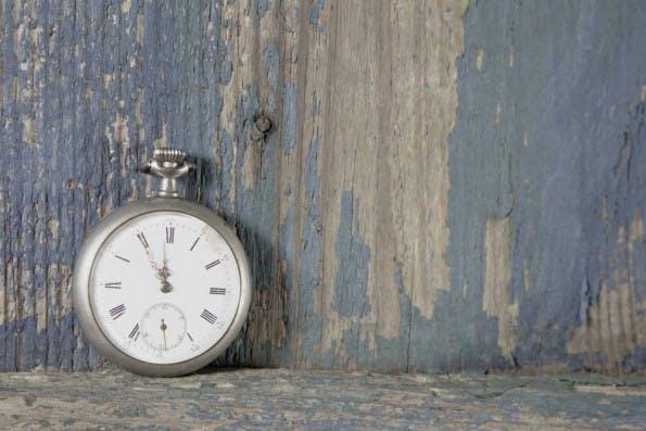 Zeiterfassungs-Tools wie RescueTime helfen dabei, sich einen Überblick darüber zu verschaffen, womit man Zeit vertrödelt. (Foto: Shutterstock / Jeanette Dietel)