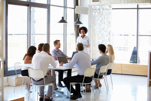 Der kleine Meeting-Guide: Mit diesen 7 Tipps werden Besprechungen so richtig effektiv