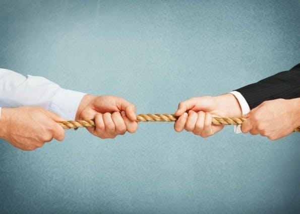Auch wenn die Gründung im Team viele Vorteile verspricht. Konflikte mit dem Mitgründer können ein ganzes Startup ruinieren. (Foto: Shutterstock)
