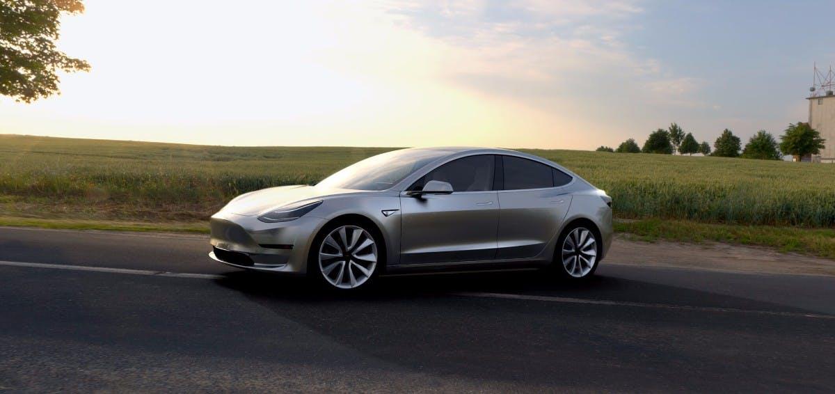 """Tesla Model 3: Innenraum soll sich """"wie ein Raumschiff"""" anfühlen"""