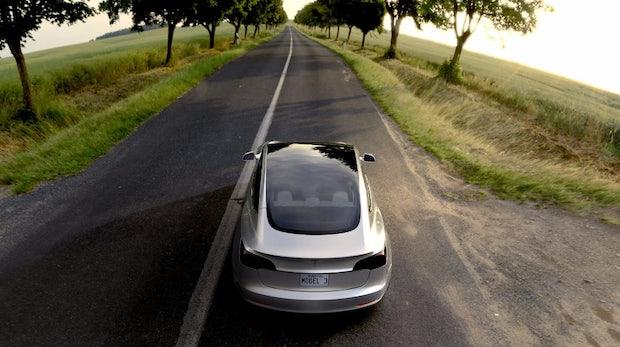 Darum solltest auch du dir das Tesla Model 3 reservieren