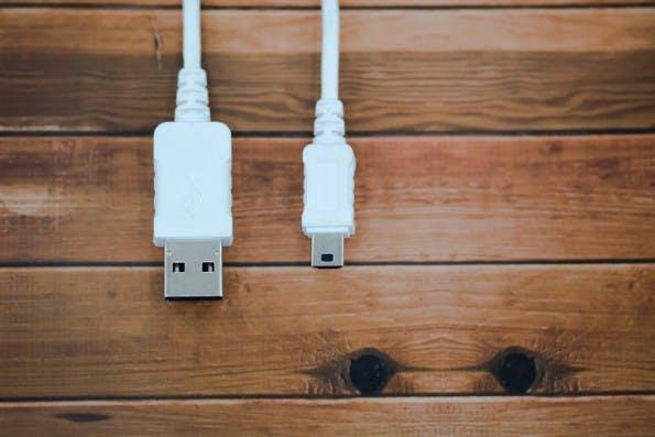 Die WebUSB-API soll USB-Geräte mit dem Web verbinden. (Foto: Shutterstock)