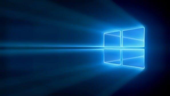 Windows 10: Nutzer müssen bis 2017 auf das nächste große Update warten. (Bild: Microsoft)